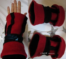 wristbands, wristarmers, black and red felted wool knitted, autumn winter