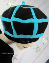 winter beret, turquoise and black, recycled knitting wol