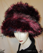 eccentric hat, M-XL, wine-red-plum, iridescent black faux-fur, elegant winter hats