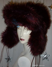 futuristic-retro chapka, wine-red, red-black-iridescent, faux-fur, cap