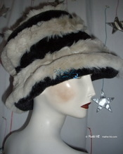 hat, black and white-wolf imitation-fur, winter-hat, woman S