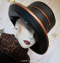 rain hat, ebony black and copper earth of sienna, XL