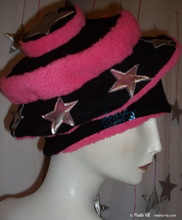Hat, imitation fur, stars, party, pink-black, 57/M