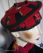beret, green and red wool, spring flower hat
