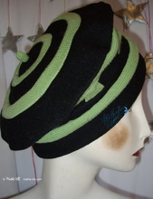 beret, apple green recycled knitted and black wool, winter autumn hat