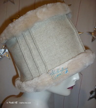 """peace and love"" winter hat, XL, white-cream wool, sand-white faux-fur, party, night"