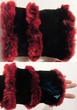 wristbands, wristarmers, black and red plum faux-fur