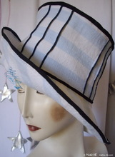 hat, marinades white and pastel-blue lined-cotton