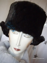 futuristic-retro toque, hat, M, black-coffee, chocolat-brown faux-fur